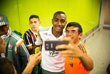 Prioridade: Barça oferece € 20 mi ao Flu e contrato de cinco anos a Gerson