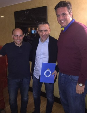Thiago Scuro, Paulo Bento e Bruno Vicintin chegaram a acordo em Lisboa (Foto: Divulgação/Cruzeiro)