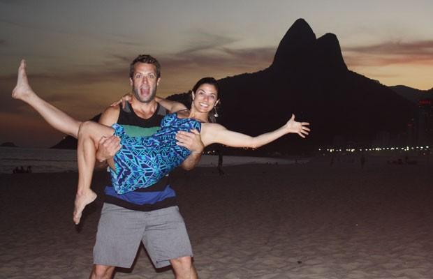Thais Barreto e o namorado americano em viagem que eles fizeram ao Brasil em maio (Foto: Arquivo pessoal)