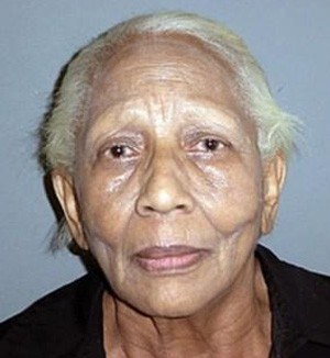 Doris Payne foi presa por suspeita de roubar anel, mesmo após jurar que não cometeria mais crimes (Foto: Divulgação/Costa Mesa Police Department)