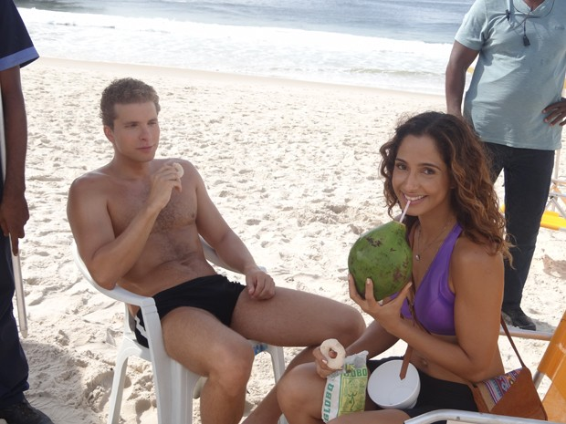 Camila Pitanga e Thiago Fragoso  (Foto: Juliana Lessa / Gshow)