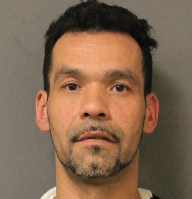 Gregory Rodriguez foi preso por roubar carne e esconder por baixo da calça (Foto: New York State Police/AP)