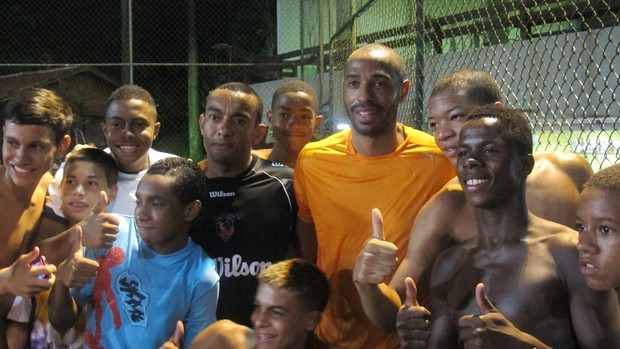 Tekkers! Arsenal legend Thierry Henry pulls out some skills during futsal game in Rio