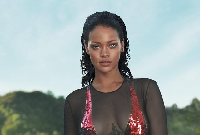 Rihanna na capa da Vogue americana de abril (Foto: Divulgação)