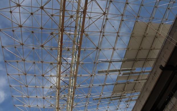 Telhado da Arena Pantanal setor Norte (Foto: Márcio Trevisan/Mendes Júnior)