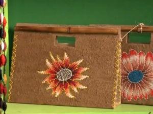 Bolsas feitas com reciclagem  (Foto: Reprodução/TV Gazeta)