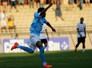 Markinho, meia-atacante do São Bento comemora gol sobre o Comercial (Foto: Jesus Vicente/ EC São Bento)