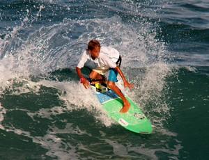 Jurgen Marinho surf pipa (Foto: Rogério Vital)