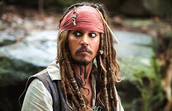 Johnny Depp como Jack Sparrow em 'Piratas do Caribe' (Foto: Divulgação)
