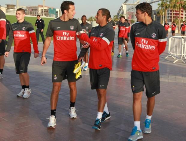 Lucas, Nenê e Thiago Silva PSG (Foto: Reprodução / Site Oficial)