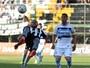 Maicon tem lesão muscular e desfalca o Grêmio por pelo menos 20 dias