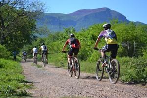 Trecho rústico da prova de mountain bike (Foto: Hélder Rafael)