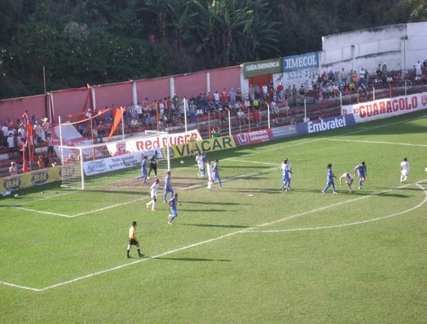 Guarani-MG e Nacional-MG, durante jogo de volta da série d (Foto: Valquíria Souza /Tv Integração)