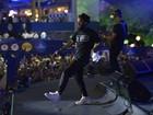 Baiana System faz show enérgico no 2º dia de réveillon em Salvador