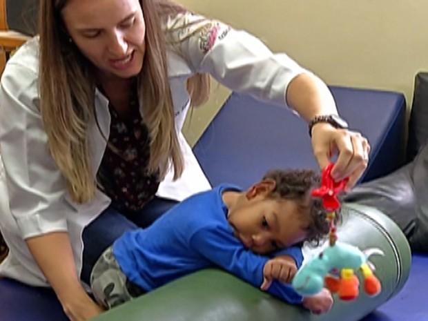 Projeto atende bebês e crianças com menos de 3 anos na Apae de Mogi das Cruzes (Foto: Reprodução/TV Diário)