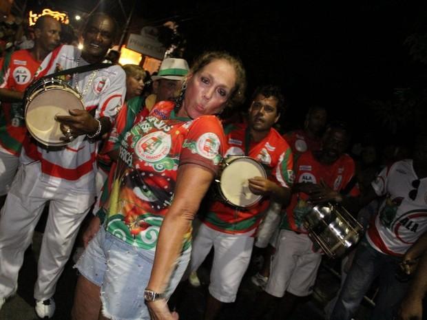 Susana Vieira em ensaio da Grande Rio em Maricá, no Rio de Janeiro (Foto: Rodrigo dos Anjos/ Ag. News)