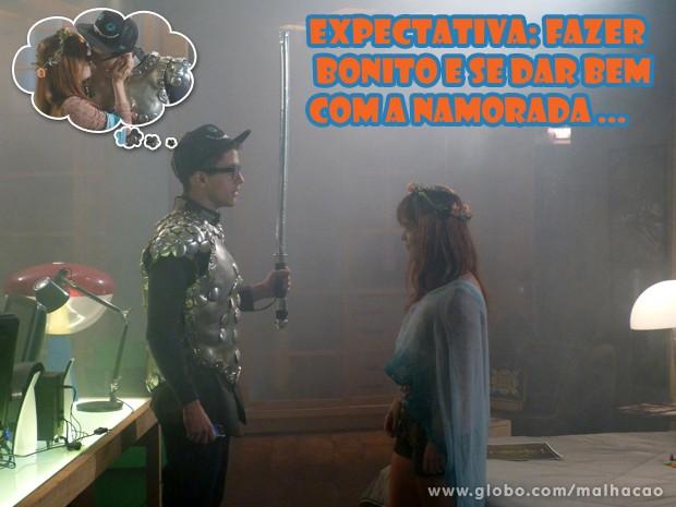 Olha o Orelha criando mó climão pra seduzir a Morg... (Foto: Malhação/ TV Globo)