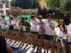 Dez meninos participaram de protesto em colégio (Foto: Júlia Pinheiro/Arquivo Pessoal)