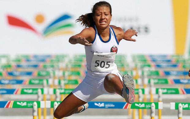 Anna Matheus levou a medalha de ouro nos 800m com barreiras (Foto: Satiro Sodre/AGIF/COB)