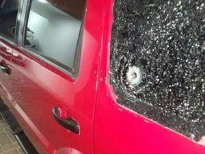 Após perseguição e troca de tiros, polícia recupera veículo no Ceará (Foto: Polícia Federal do Ceará)