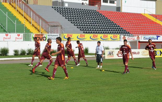 Boa Esporte volta a treinar para a Série B.  (Foto: Tiago Campos / Globoesporte.com)