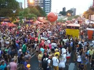 Milhares de pessoas participaram do Capote da Madurada no sábado (25) (Foto: Ellyo Teixeira/G1)