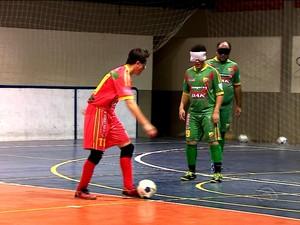 Ricardinho, um dos melhores jogadores de futebol para cegos do mundo (Foto: Reprodução/RBS TV)