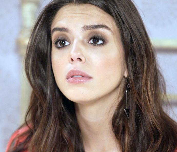 Será que Milena vai ajudar a mãe a separar Lenita e Vittorio? Não nos decepcione, menina!! (Foto: TV Globo)