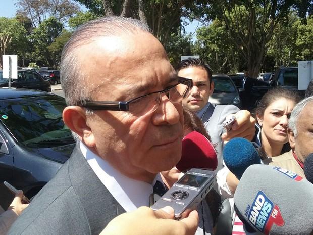 O ministro da Aviação Civil, Eliseu Padilha, durante entrevista (Foto: Filipe Matoso / G1)