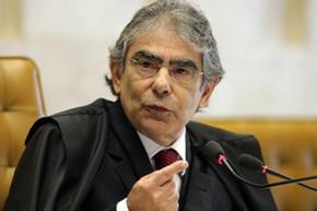 O presidente do STF, Carlos Ayres Britto, em sessão de julgamento nesta quinta (17) (Foto: Carlos Humberto/SCO/STF)