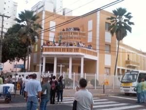 Sindicalistas que ocupavam galerias permaneceram na Câmara Municipal de Natal (Foto: Leonardo Melo/G1)