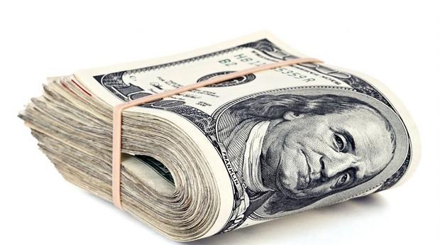 BC fará leilões de venda de dólares com compromisso de recompra após moeda encostar em R$3,96