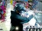 Câmera de segurança flagra assalto em mercearia de Bauru; vídeo