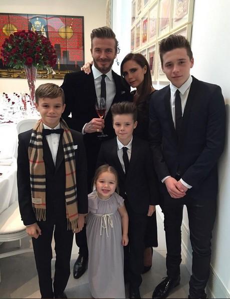David, Victoria Beckham e os filhos (Foto: Reprodução/Instagram)