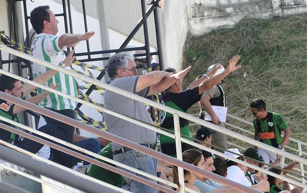 Torcida do américa na arena do jacaré (Foto: Tarcísio Badaró / Globoesporte.com)