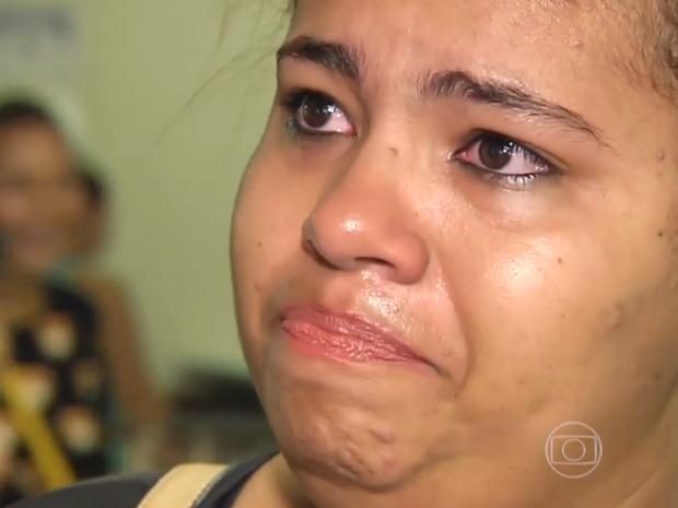 Jéssica Souza teve a cirugia marcada há 6 meses cancelada em Goiânia (Foto: Reprodução/TV Globo)