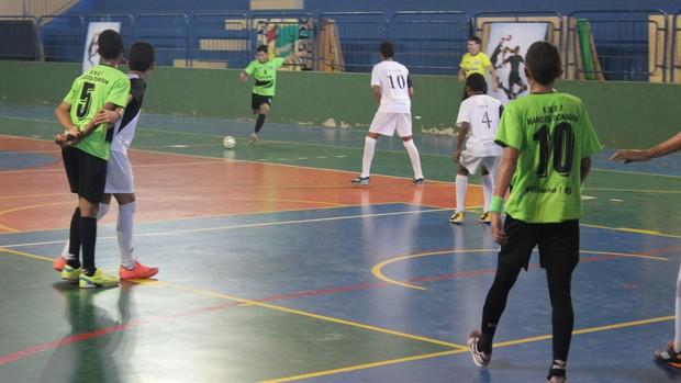 Equipe masculina de futsal de Vilhena (verde) conquistou o primeiro lugar (Foto: Hugo Crippa/GLOBOESPORTE.COM)