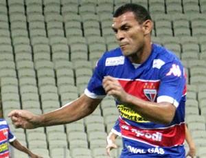 Magno Alves e Adalberto, Ceará X Fortaleza (Foto: LC Moreira / Estadão Conteúdo )