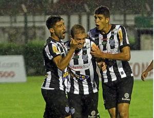 Michel Tupi-MG gol contra Guarani-MG (Foto: Leonardo Costa/tupi,esp)