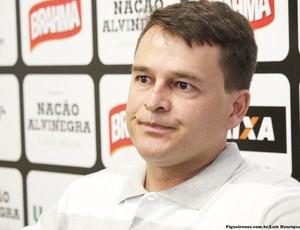 'Inverdades', afirma Leandro Niehues sobre declarações do goleiro Wilson (Foto: Luiz Henrique/Figueirense)