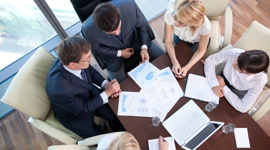 reunião_business to bussiness_clientes_gerenciamento de projetos (Foto: Shutterstock)