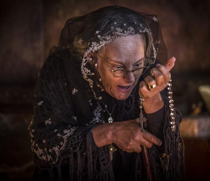 Encarnação leva um susto com a revelação de Cícero (Foto: Inácio Moraes/Gshow)