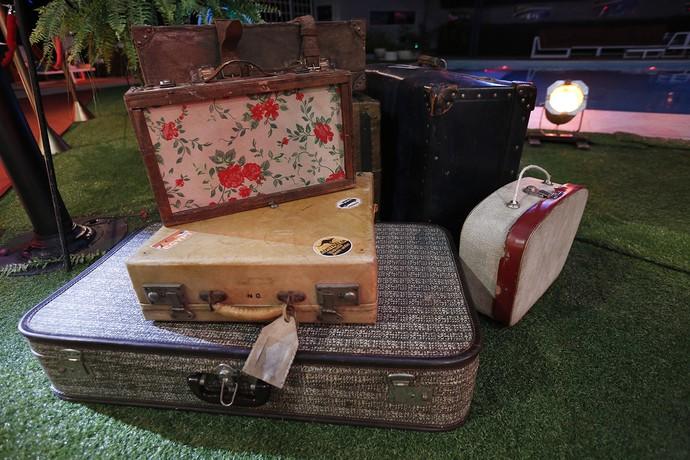 Detalhe nas malas de viagem (Foto: Raphael Dias/Gshow)
