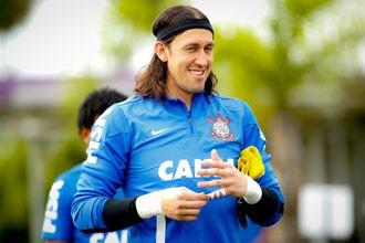 Cássio embarcou com o time para a Flórida (Foto: Daniel Augusto Jr / Agência Corinthians)