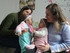 Casal de mulheres celebra primeiro Dia das Mães com gêmeas no RS