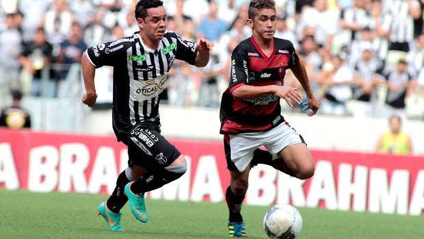 Lance do jogo entre Ceará e Guarany de Sobral (Foto: Jarbas Oliveira / Futura Press)