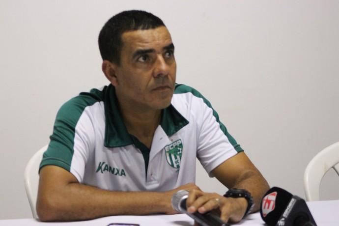 Técnico Evandro Guimarães, Vitória da Conquista  (Foto: Josiel Martins)