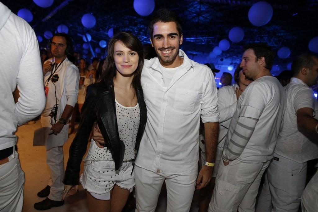 Bianca Bin com o namorado, Pedro Brandão (Foto: Felipe Panfili e Leo Franco/AgNews)