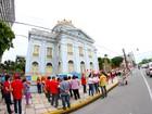 Professores da rede estadual fazem protesto no Centro do Recife