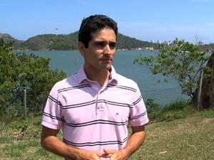 Oceanógrafo diz que é impossível salvar o Rio Doce (Foto: Reprodução / TV Gazeta)